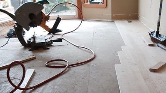 Wood floor installer